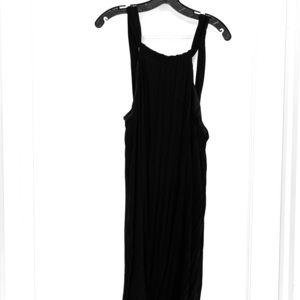 Black halter sleeveless dress.